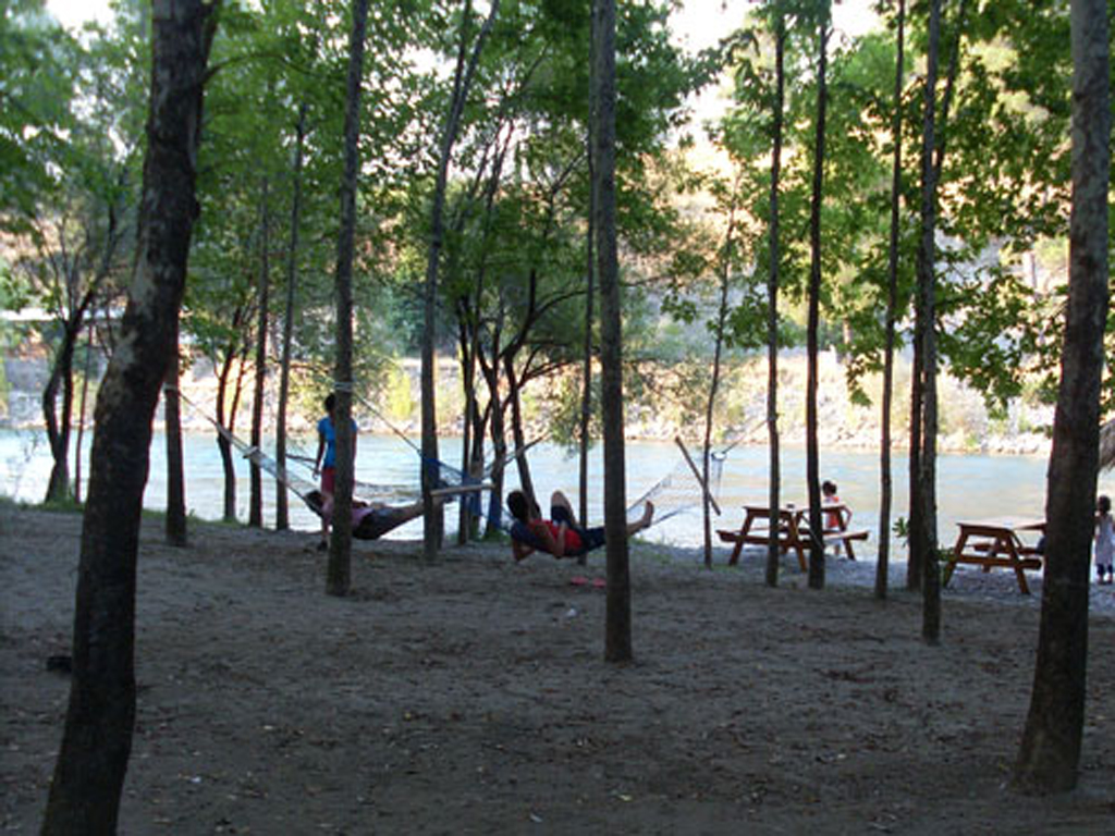 campground1_Antalya_koprulukanyon_Gokcesu_camping_rafting