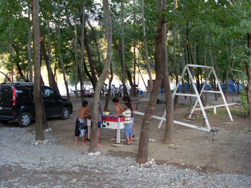 campground_Antalya_koprulukanyon_Gokcesu_camping_rafting